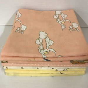 Hushabye Hollow 8 Fat Quarter Pack